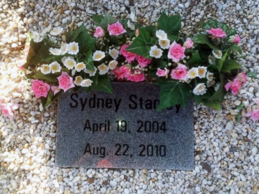PHOTO: 6-year-old Sydney Stanely died in a hot car after entering it alone to retrieve a project she had made.