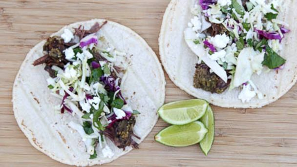 PHOTO: Salsa Verde Shredded Beef Tacos Recipe