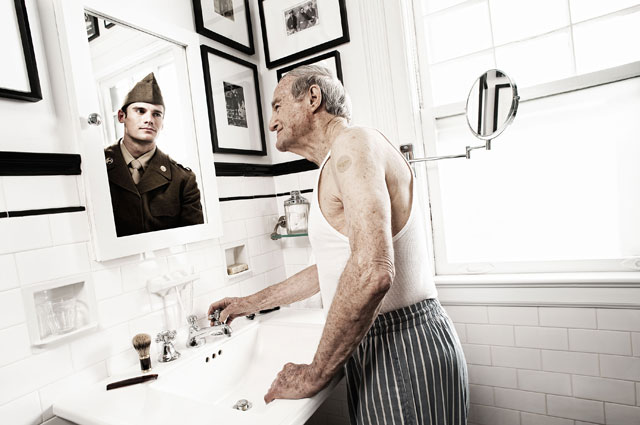 HT tom hussey reflections soldier thg 130723 wblog How We Once Were: Reflections of The Past
