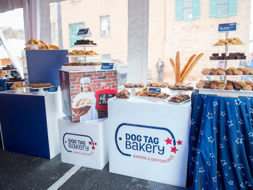 PHOTO: Dog Tag Bakery helps veterans reenter the work force.