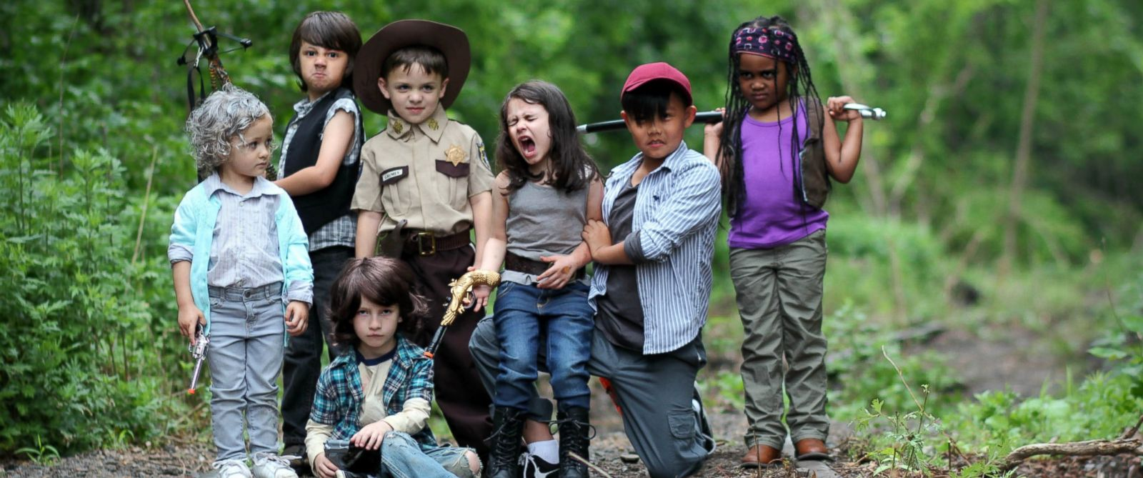 "PHOTO: Photographer mom Alana Hubbard of Woodbridge, New Jersey snapped a ""Walking Dead""-inspired photo series of neighborhood kids on June 3."