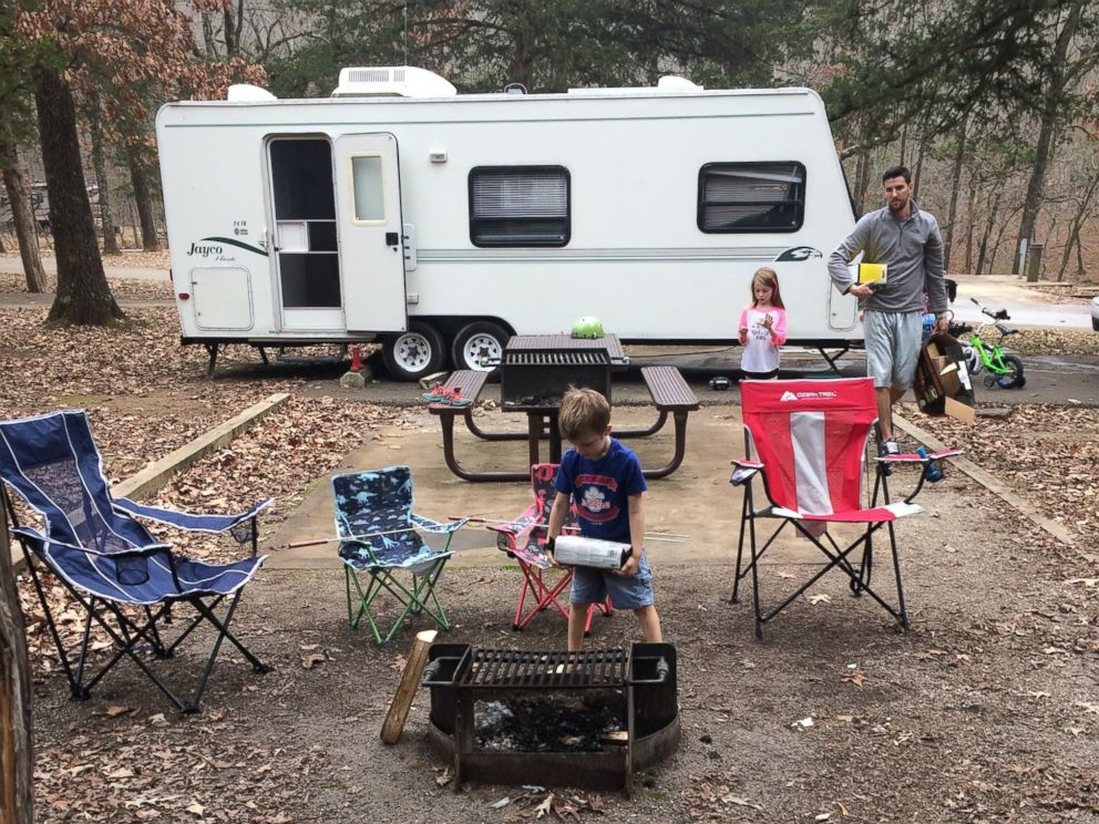 PHOTO: Man Surprises Wife With Her Late Father's Beloved Camper 15 Years After His Death