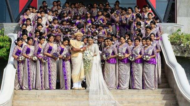 RT Sri Lankan ml 131108 16x9 608 Couple Breaks World Record With Whopping 126 Bridesmaids in Sri Lankan Wedding