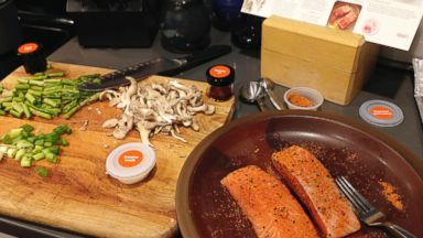 Review: Amazon meal kits offer easy dinners _ for a price
