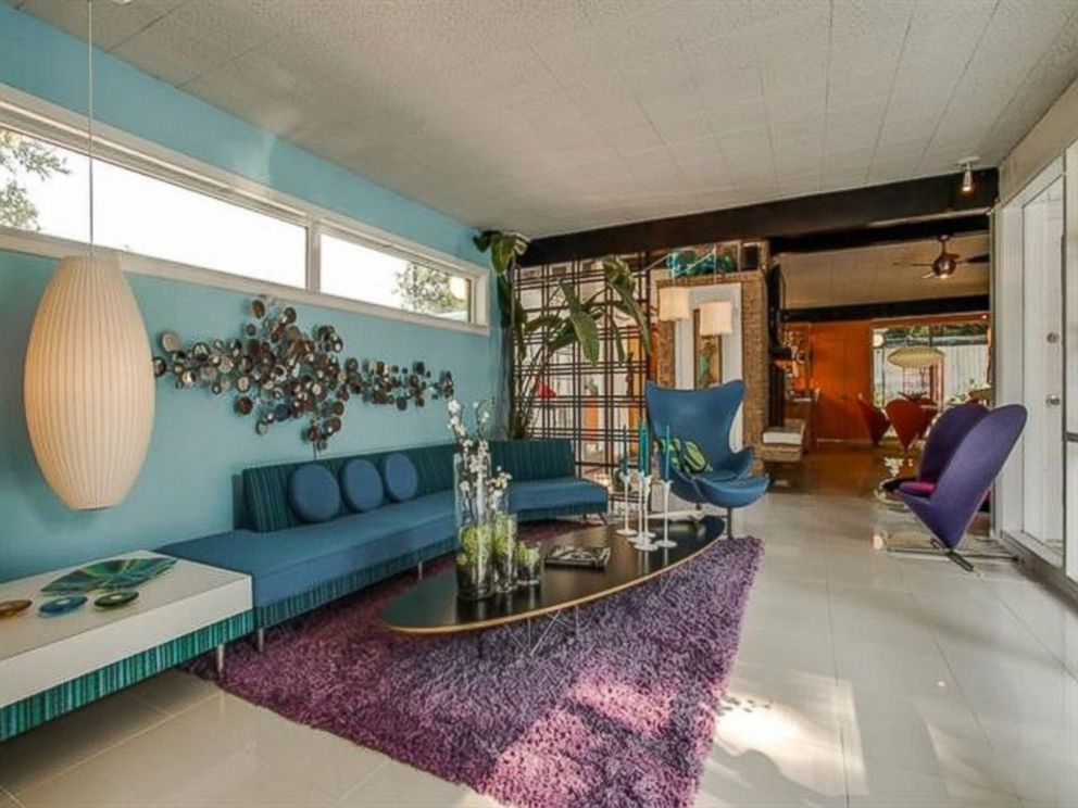 1950 Home Decor peachy keen 1950s-style home listed for $665k in dallas - abc news