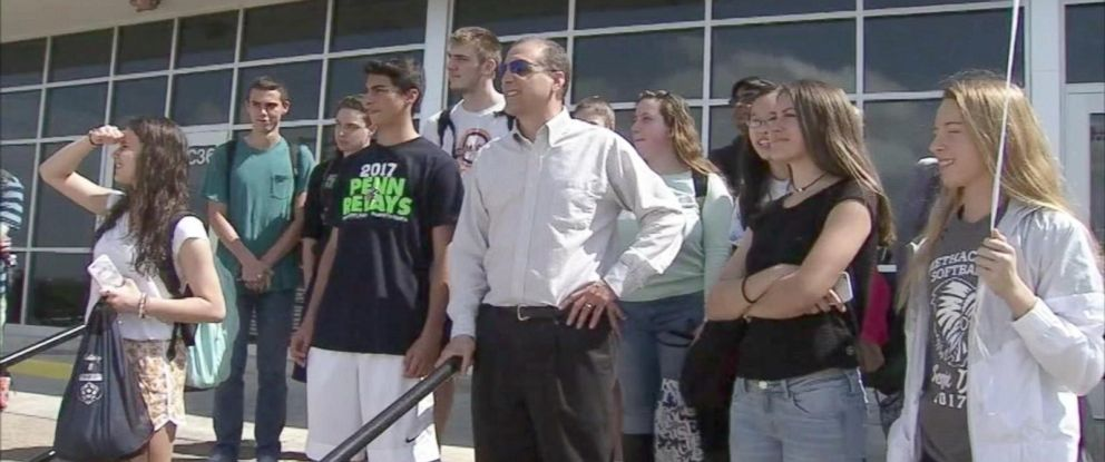 PHOTO: Students at Methacton High School, in Eagleville, Pennsylvania, raised money to buy a pair of glasses for their history teacher, Matt Alzamora, who is color-blind.