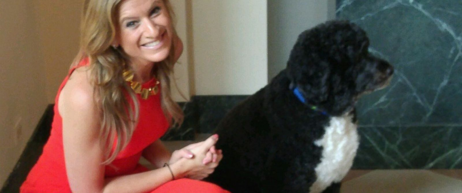 PHOTO: Co-founder of The MOMS Denise Albert smiles with Bo on the first White House tour to permit photography.