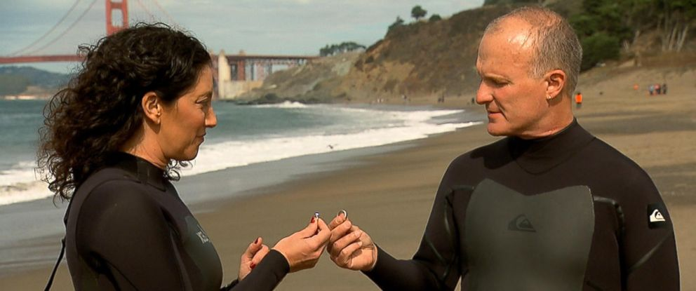 "Clark and Valerie Tate gave each other back their wedding rings in an ""uncoupling"" ceremony on a California beach."