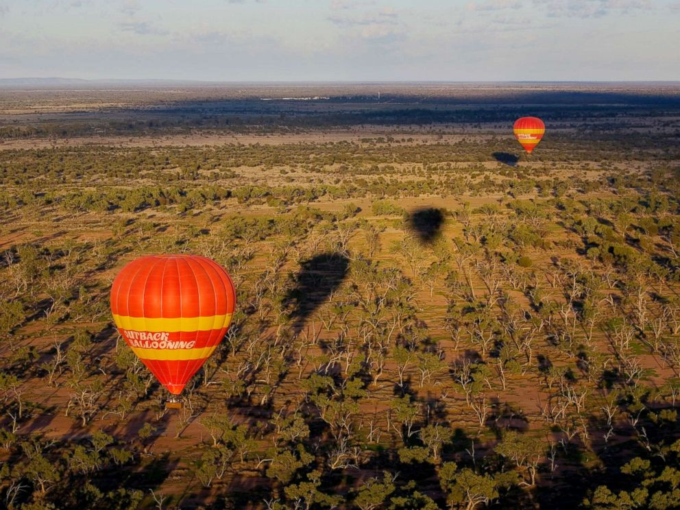 PHOTO: Hot air balloons are seen in Alice Springs, Australia, in this undated photo.