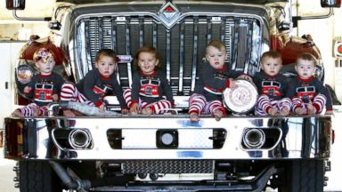 'PHOTO: Six babies born to firefighters within months of each other1_b@b_1the Durant Fire Department in Oklahoma have recreated the fire station's viral 2016 Christmas card.' from the web at 'http://a.abcnews.com/images/Lifestyle/babies-christmas-card-ht-001-jpo-171213_16x9t_384.jpg'