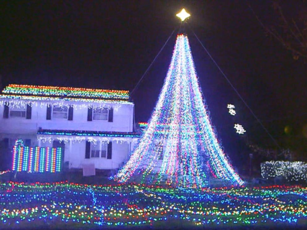 PHOTO The home of Mary Halliwell in Fairfield Conn. is decorated with & Familyu0027s massive Christmas lights display courts controversy in ... azcodes.com