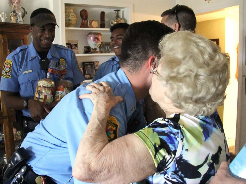 PHOTO: Betty Helmuth, 94, of Clearwater, Fla., answered her door on Sept. 7, 2017, for Officer James Frederick and his colleagues of the Clearwater Police Department who greeted her with hurricane supplies before losing power from Hurricane Irma.
