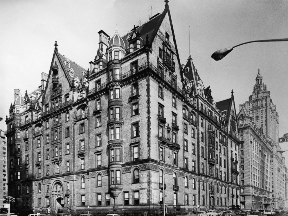 PHOTO: View of the exclusive Dakota apartment building on the corner of West 72nd Street and Central Park West, in New York City, 1960.