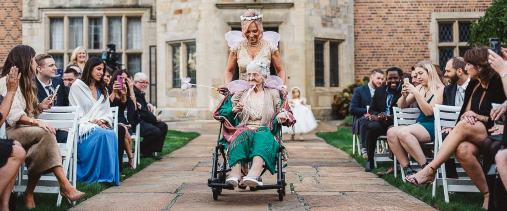 PHOTO: It was a magical day for 86-year-old Dorothy Czartorski serving as the flower girl in her granddaughters Oct. 21 wedding.