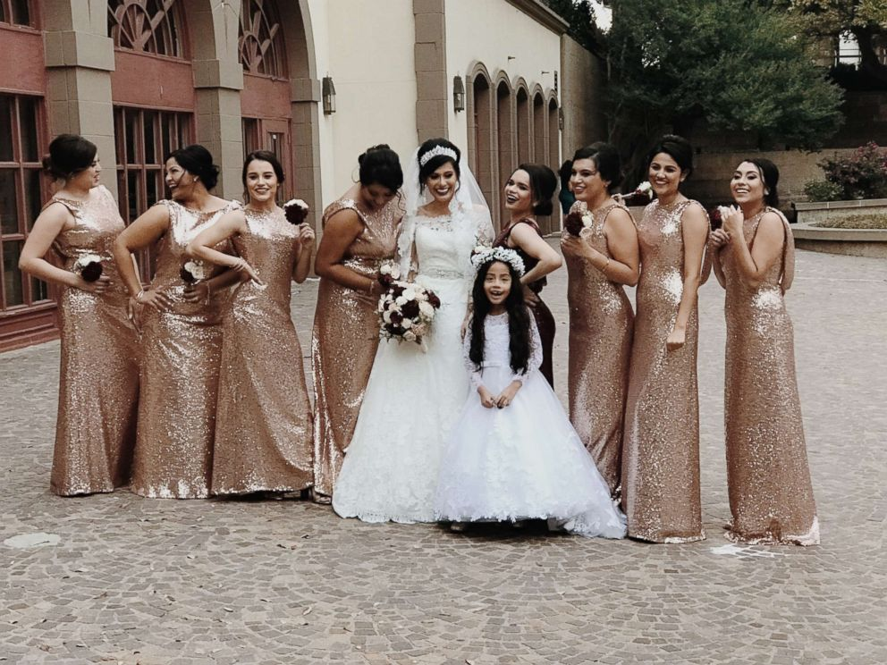 PHOTO: Bride Gladys Salinas with her sister, Rosa Moran, and her bridesmaids on her wedding day, Dec. 2, 2017.