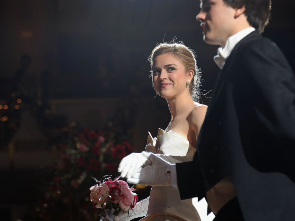 PHOTO: Debutante Caroline Cooper of Texas attends the 60th International Debutante Ball at The Waldorf Astoria on Dec. 29, 2014 in New York City.