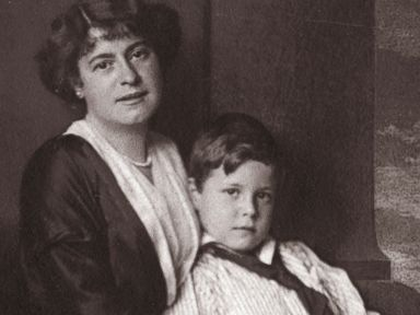 Being a Mom in 1914 Was Not Easy