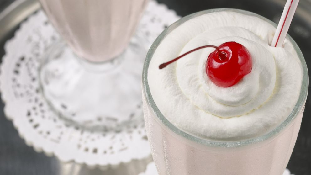 PHOTO: The Powder Room, a bar in Hollywood, Calif., is concocting a $500 milkshake to serve its starry clientele.