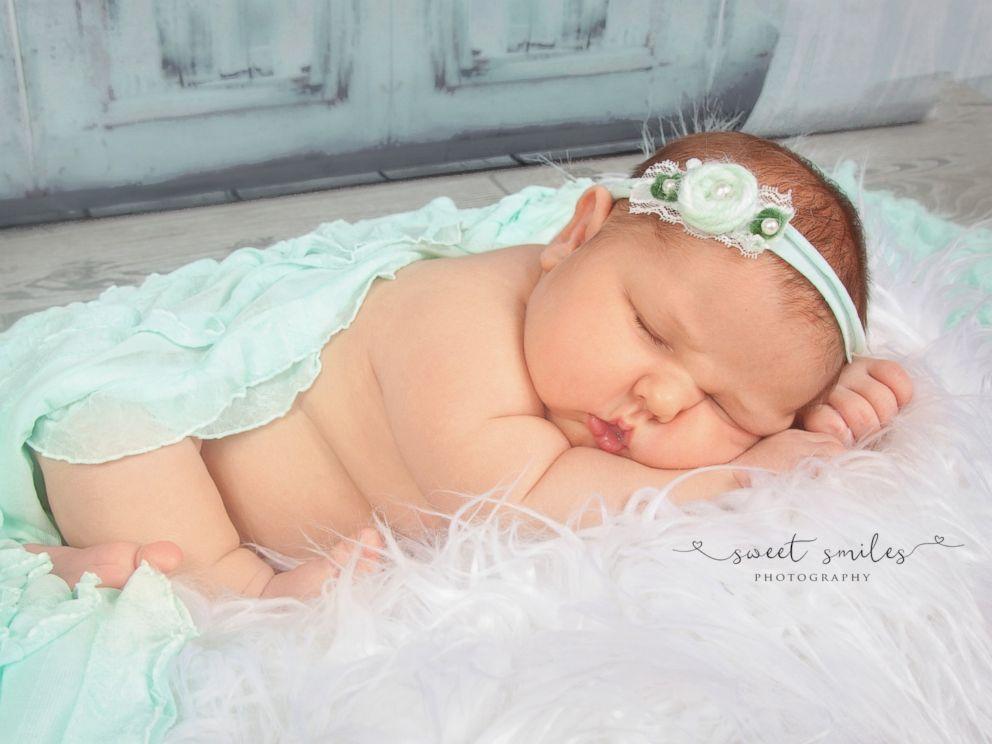 PHOTO: Chrissy Corbitt of Keystone Heights, Fla., gave birth to 13-pound, 5-ounce newborn, Carleigh Corbitt, on May 15, 2017.