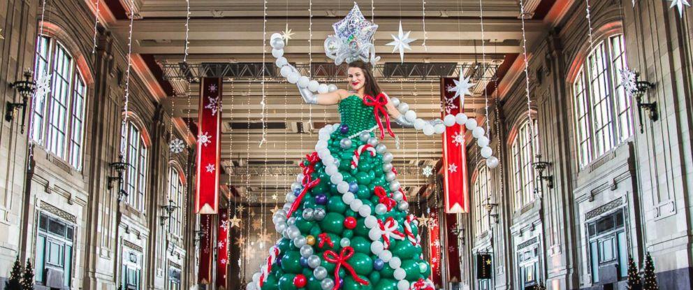 "PHOTO: ""Molly Balloons,"" of Kansas City, made an elaborate Christmas tree dress out of balloons."