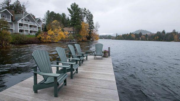 PHOTO: The Lakeside hotel the Mirror Lake Inn.