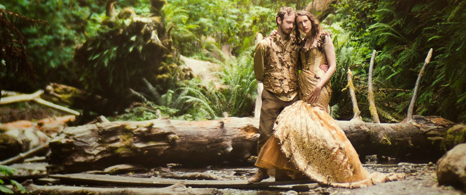 story id woodland wedding dress PHOTO Harmony Lawrence or Portland Oregon spent six months creating her ornate