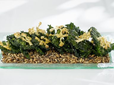 PHOTO: Wolfgang Pucks Kale and Cauliflower Chips