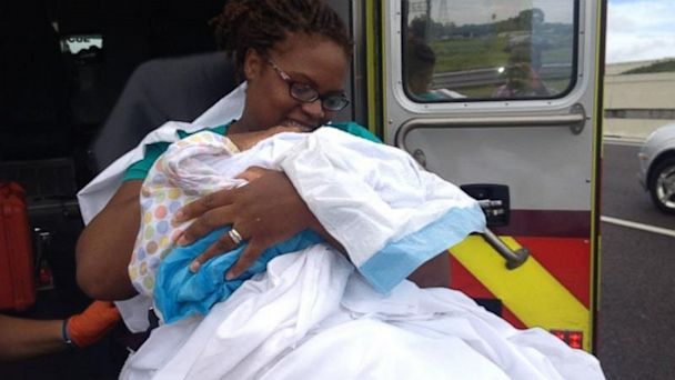 ht baby highway 1 jtm 130926 16x9 608 Oh Baby! Florida Mom Gives Birth on Highway