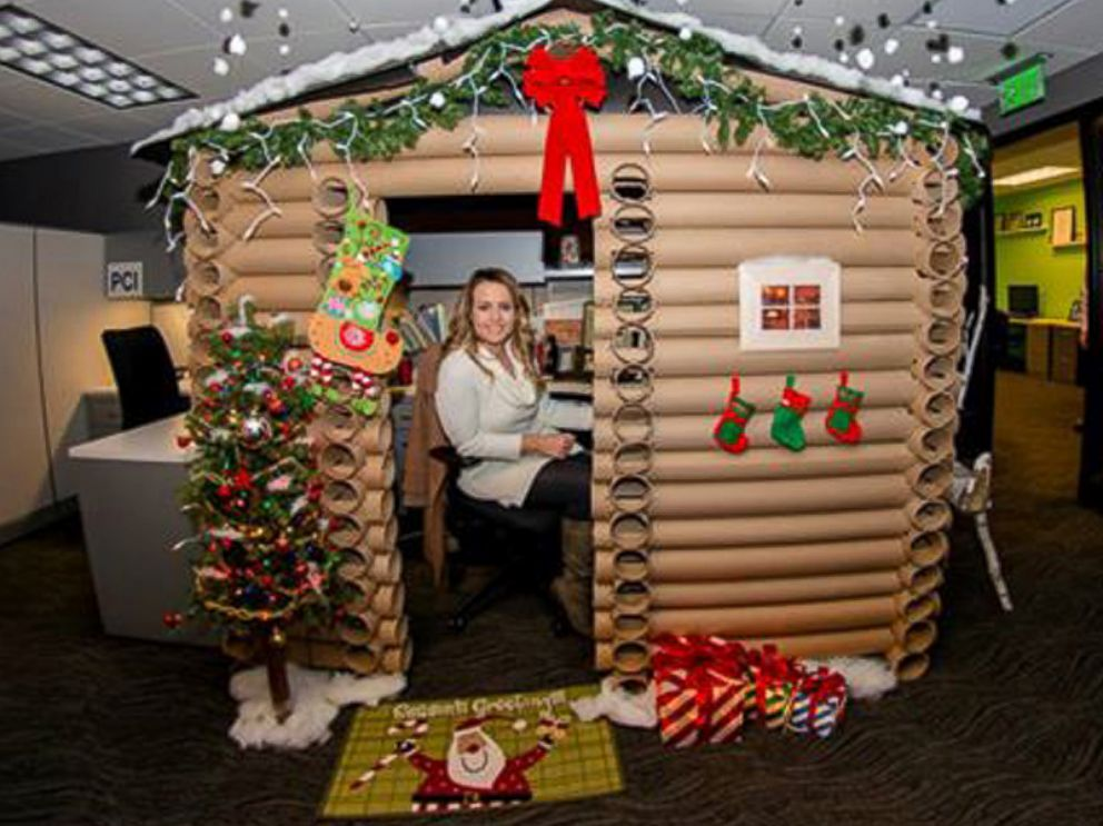Minneapolis woman transforms her cubicle into a christmas for Xmas office design