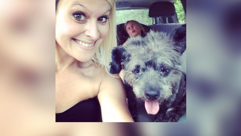 PHOTO: Nicole Elliot of Columbus, Ga. adopted Chester the dog, who is in very poor health.