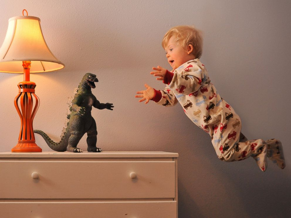 PHOTO: Wil takes on Godzilla.