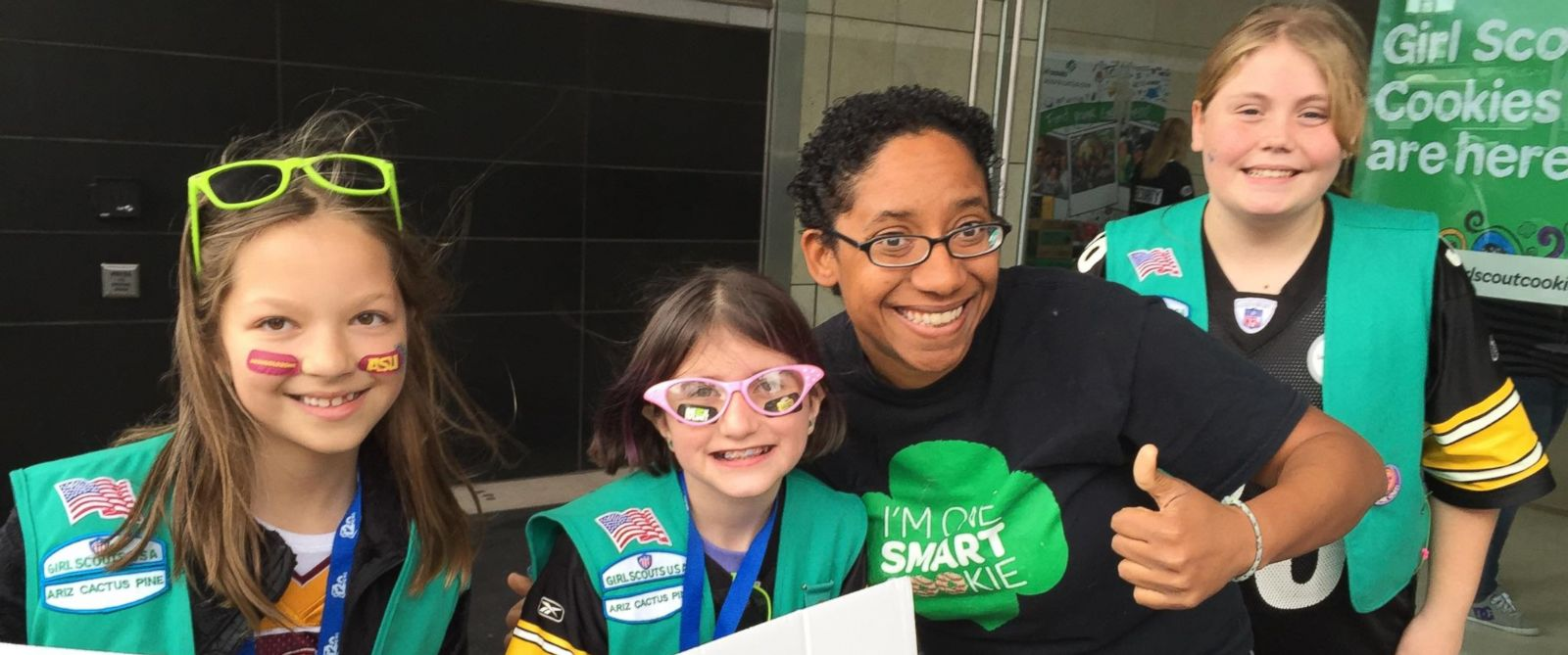arizona girl scouts vying for world record of most cookies