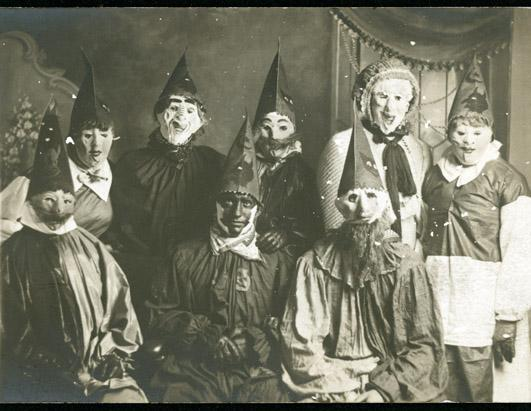 The Creepiest Halloween Costumes from The Past