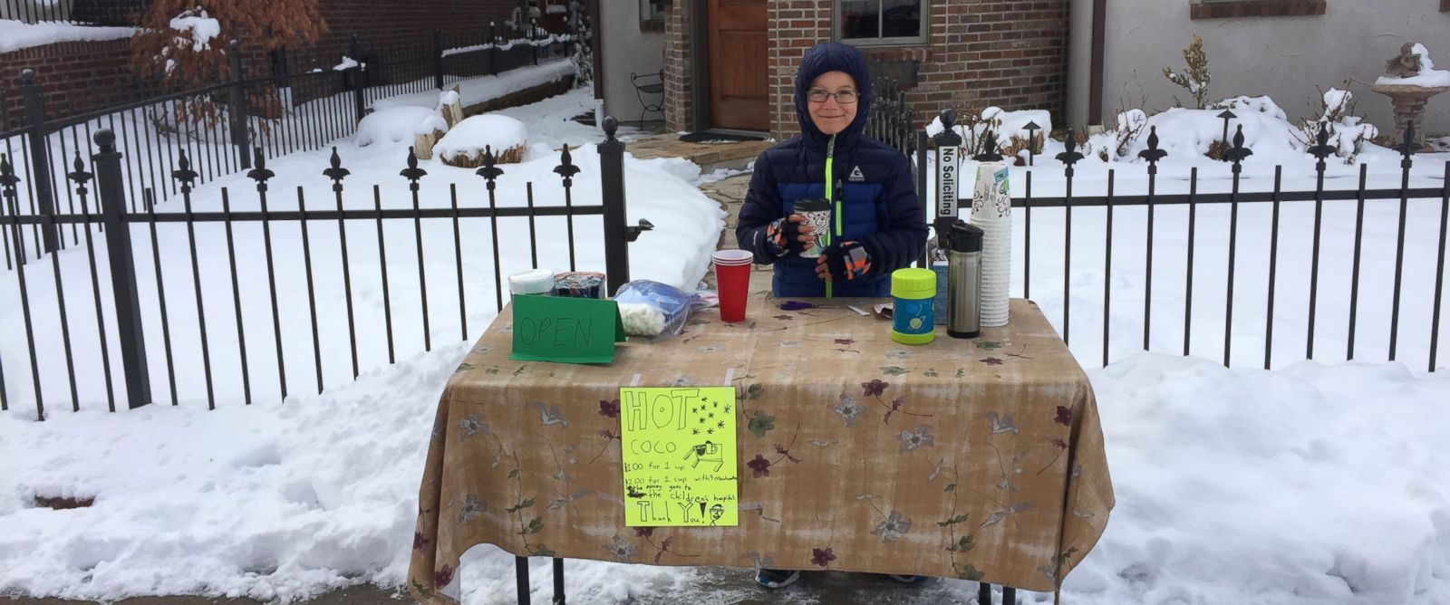PHOTO: Tristan Regini, 8, opened a hot cocoa stand at his Denver, Colorado, home to raise money for Childrens Hospital Colorado.