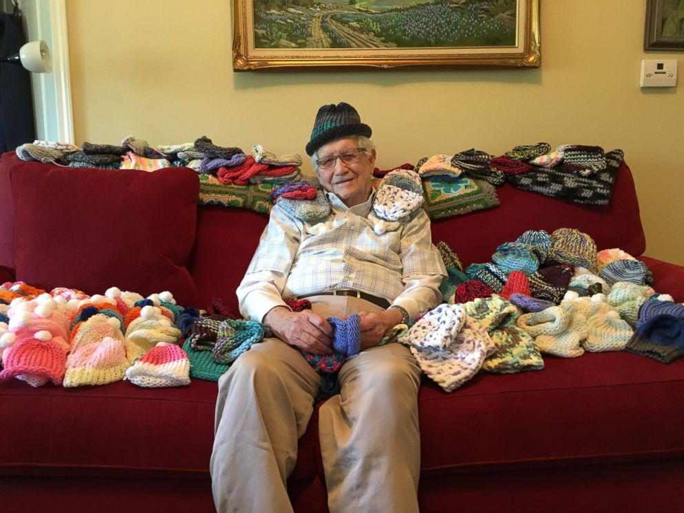 PHOTO: 86-Year-Old Man Learns to Knit to Make Hats for Preemies
