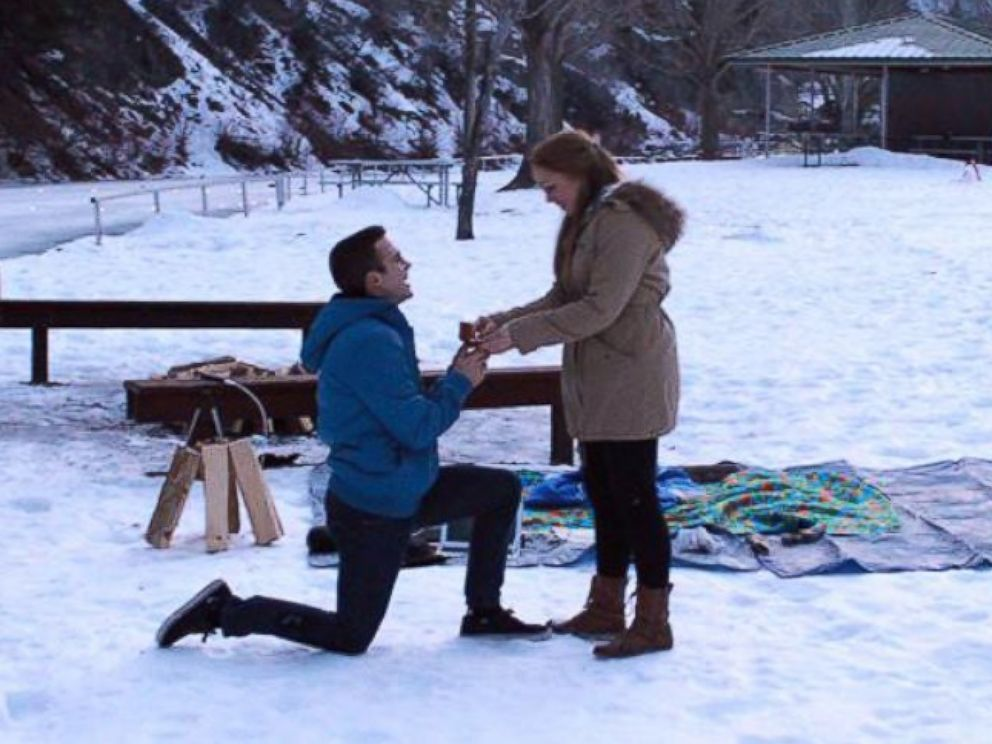 PHOTO: Jimmy Gillespie proposes to Liz Jensen in Provo, Utah on Jan. 25, 2015.