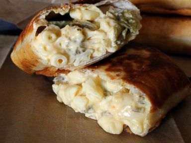 PHOTO: Oh Bite It!s recipe for mac & cheese burritos.