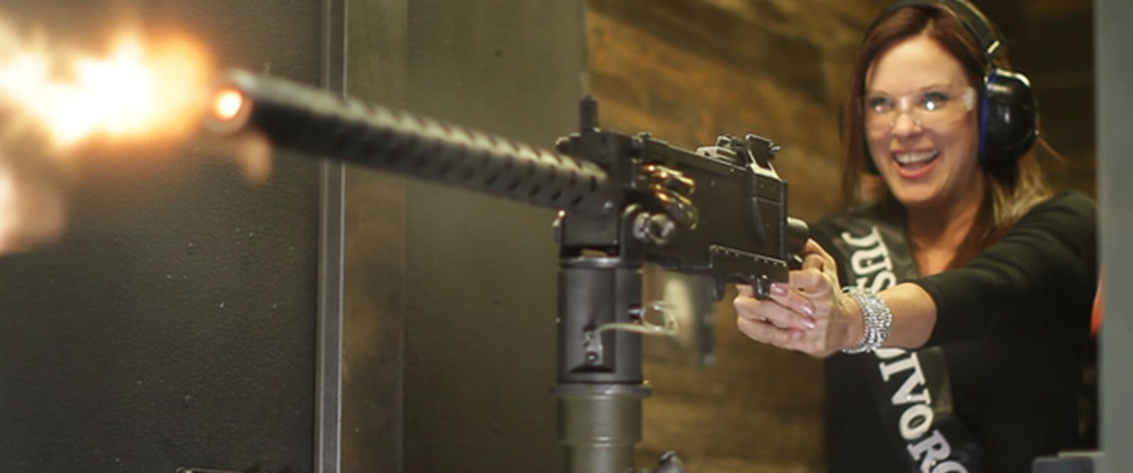 shoot machine guns vegas