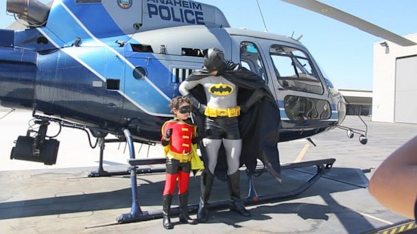 ht make a wish hero kb 131001 16x9 608 Boy, 7, With Leukemia Fulfills Superhero Dream as Robin for the Day