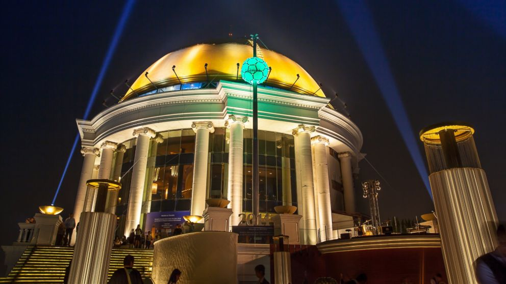 PHOTO: Thailand will ring in 2014 with the first ever Bangkok Ball Drop at lebua. The ball will the ball will descend 15 meters to herald the stroke of midnight.