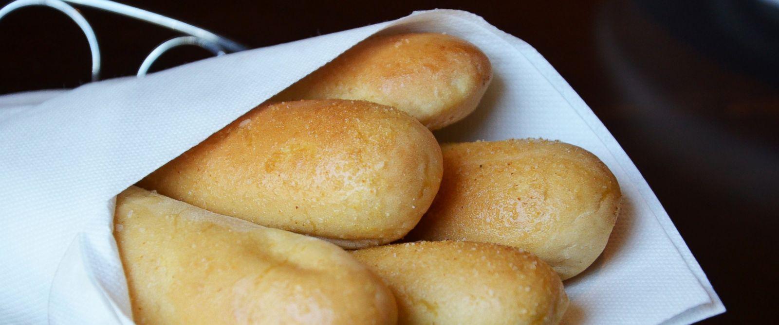 Free Bread At Restaurants Hitting Endangered Status Abc News
