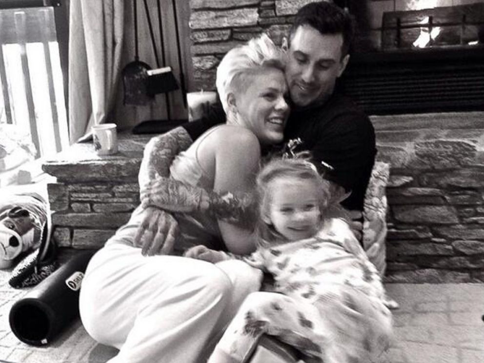 PHOTO: Pink posted this image to her Twitter on Dec. 31, 2013 with the caption, Happy New Year!!!!
