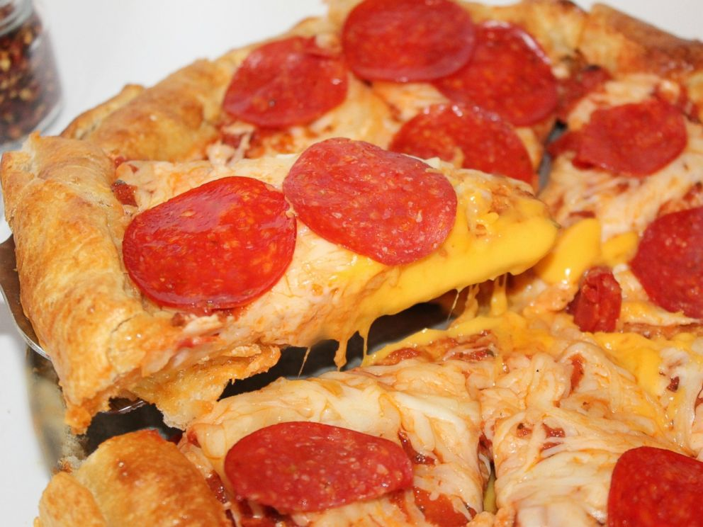 PHOTO: Grilled Cheese Crust Pizza