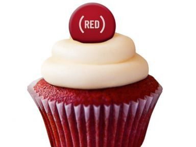 PHOTO: Buddy Valastros (RED) Velvet Cupcake.