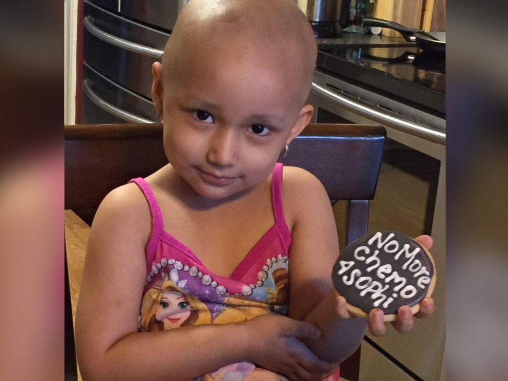 PHOTO: Sophia Sandoval, 3, marked the end of her chemotherapy treatment in a Wonder Woman costume.