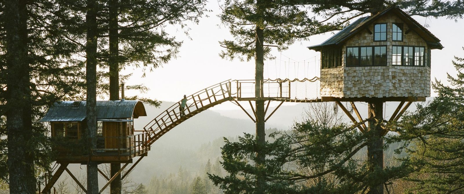 Washington man builds incredible treehouse with its own for Building a house in washington state
