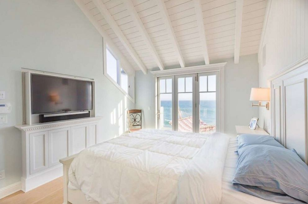 PHOTO: A bedroom inside Judy Garlands former Malibu beach home on sale for $3.7 million.