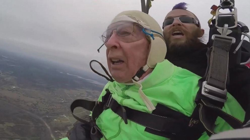 Texas Man Celebrates 100th Birthday by Skydiving for 1st ...