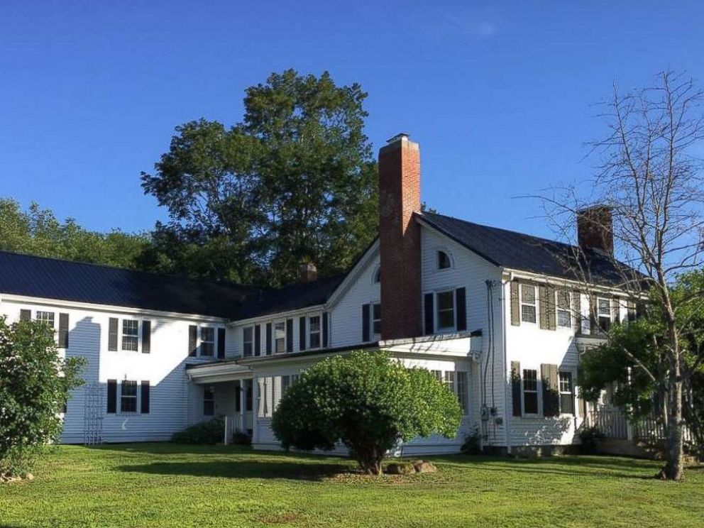 PHOTO: The home at 664 River Rd, Orrington, Maine, from the film Pet Sematary.