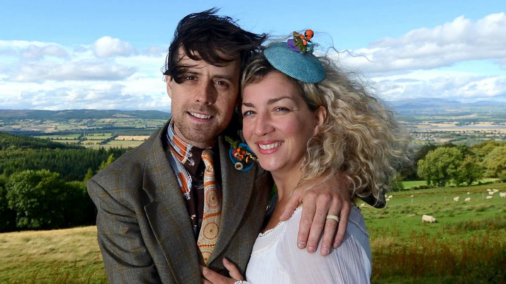 PHOTO: UK couple Georgina and Sid Innes spent one pound on their wedding in Inverness-shire in the Scottish Highlands, complete with rings, flowers, a cake and a photographer to capture the occasion.